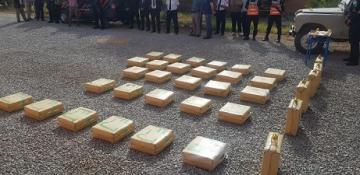الدرك يتمكن من حجز حوالي نصف طن من مخدر الشيرا نواحي تويزكي اقليم آسا الزاك ...